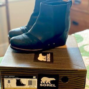 Sorel Lea Wedge Boot Black Size 8